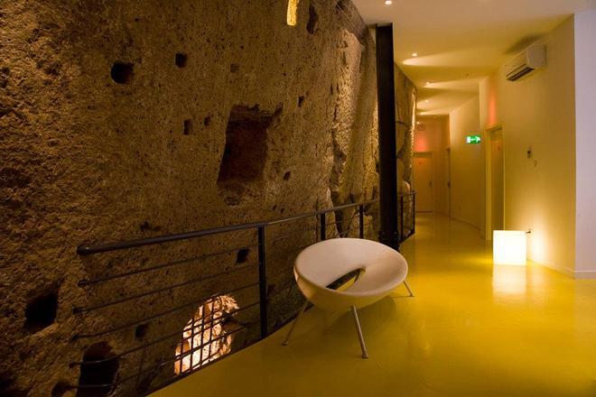 Correra 241 Lifestyle Hotel - Naples - Hallway