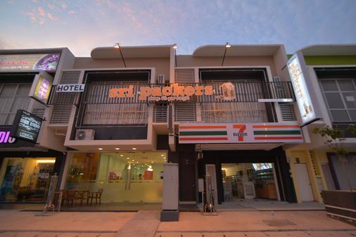 斯里泊克斯酒店 - 拉布 - 雪邦 - 建築