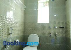 Season 4 Residences - Thiruvanmiyur - Chennai - Bathroom