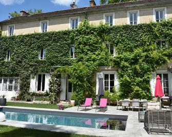 Demeure Les Aiglons - Fontainebleau - Gebouw