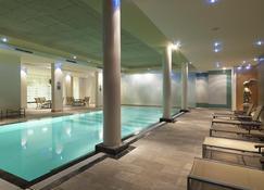 Hyllit Hotel - Antwerp - Pool