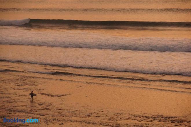 Willy Homestay - South Kuta - Beach