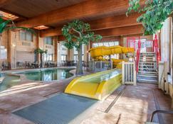 Comfort Suites Green Bay - Green Bay - Pool