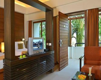 Golkonda Resorts & Spa - Hyderabad - Living room
