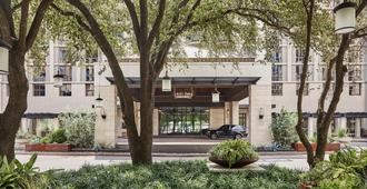 Four Seasons Hotel Austin - Austin - Building