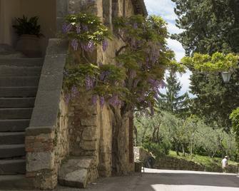 Castello di Fonterutoli - Castellina in Chianti - Vista del exterior