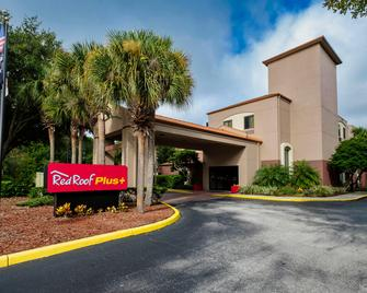 Red Roof PLUS+ Palm Coast - Palm Coast - Building