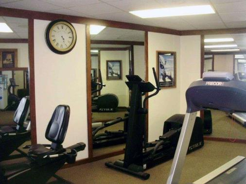 Quality Inn & Suites - Searcy - Gym