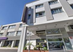 Hôtel Mercure Lorient Centre - Lorient - Building