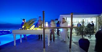 La Maltese Estate, Buddha-Bar Beach Santorini - Thera - Bar