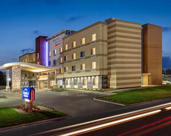 Fairfield Inn & Suites By Marriott Tulsa Catoosa - Catoosa - Building