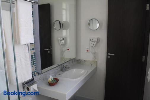 Residencial Budget - Rio de Janeiro - Bathroom