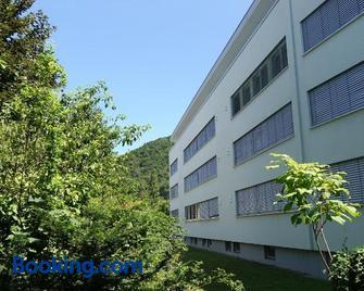 Zum Ziel Hotel Grenzach-Wyhlen Bei Basel - Grenzach-Wyhlen - Gebäude