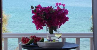 Hotel Roussos Beach - Naousa