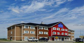 Lakeview Inns & Suites - Brandon - Brandon