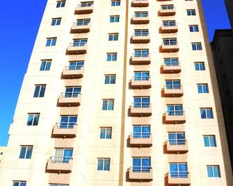 Arinza Tower Quality Apartments - Salmiya - Building