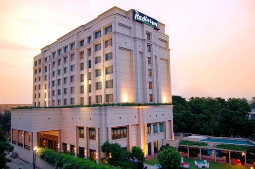 Radisson Hotel Varanasi - Varanasi - Gebäude