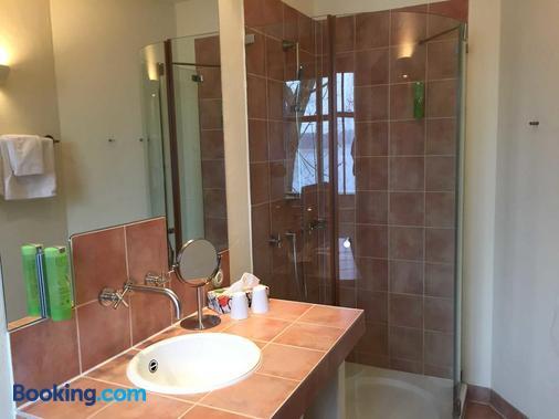 Seehotel Theodors - Wustrau - Bathroom