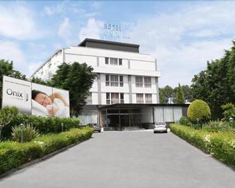 Hotel Onix - Viseu - Building