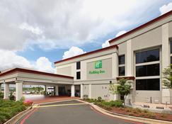 ฮอลิเดย์อินน์ ลิตเทิลร็อค-สนามบิน-ศูนย์การประชุม - ลิตเติ้ลร็อค - อาคาร