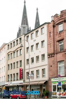 Hotel Sandmanns am Dom - Κολωνία - Θέα στην ύπαιθρο