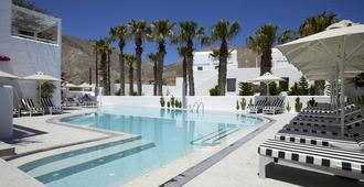 Kouros Village Hotel - Adults Only - Perissa - Piscina