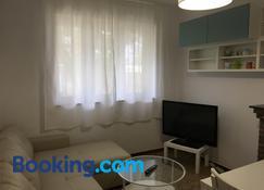 Casa con Jardín - Noja - Living room