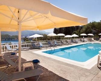 Odysseus Hotel - Palaiokastritsa - Bazén