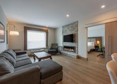 Holiday Inn Express & Suites Moncton - Moncton - Huiskamer