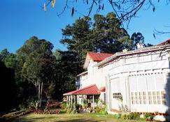Chevron Rosemount - Ranikhet - Edificio
