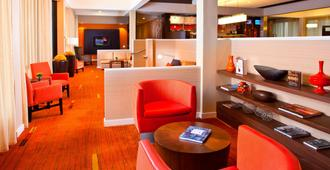 Courtyard by Marriott Memphis Airport - Memphis - Lobby