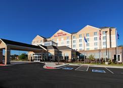Hilton Garden Inn Tulsa Midtown - Tulsa - Bâtiment