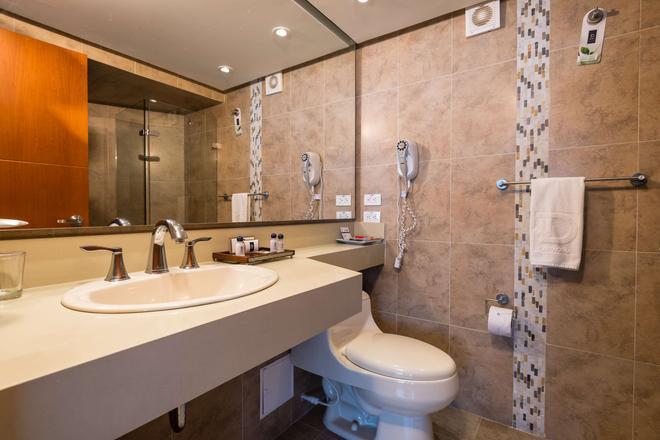 Hotel Dann Cartagena - Cartagena - Bathroom