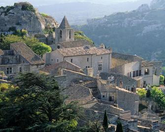 Domaine de Manville - Les Baux-de-Provence - Building