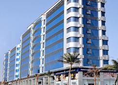 吉達薩拉瑪馨樂庭服務公寓式酒店 - 吉達 - 建築