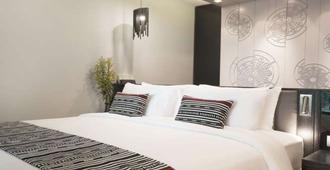 X2 Chiang Mai Riverside Resort - Chiềng Mai - Phòng ngủ
