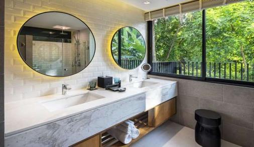 X2清邁河濱度假村 - 清邁 - 浴室