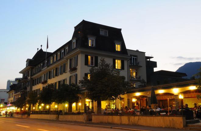 克雷布斯酒店 - 印特拉肯 - 因特拉肯 - 建築