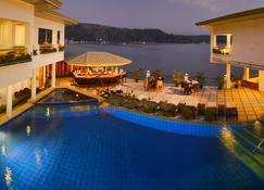 Mangrove Resort Hotel - Subic - Piscina
