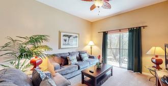Bahama Bay Resort - Davenport - Living room