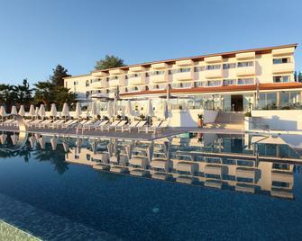 Droushia Heights Hotel - Dhrousha - Bazén