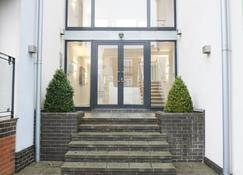 Modern, Spacious 2BR Flat in Oxford - Oxford - Bygning