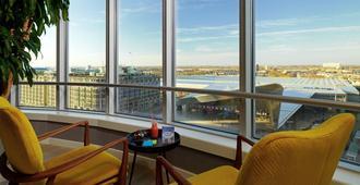 Rotterdam Marriott Hotel - רוטרדם - מרפסת