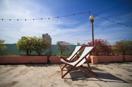 Hotel Mingood - George Town - Balcony