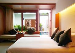 La Flora Resort Patong - Bãi biển Patong - Phòng ngủ
