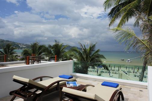 La Flora Resort Patong - Bãi biển Patong - Ban công