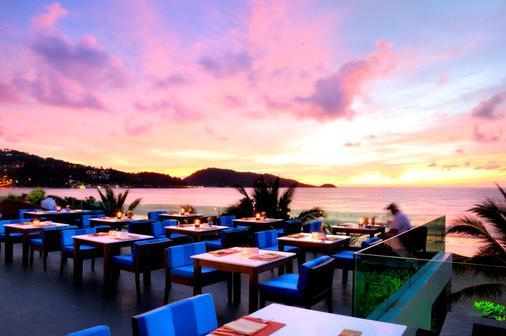La Flora Resort Patong - Bãi biển Patong - Bar