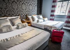 The Kildare Street Hotel By Thekeycollections - Dublin - Bedroom