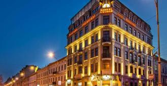 Panorama Hotel - Lviv - Κτίριο