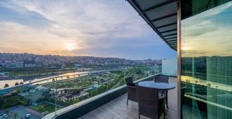 Clarion Hotel Golden Horn - Istanbul - Balcony